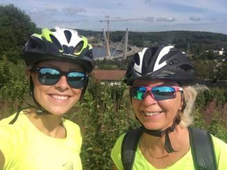 Mor og meg på sykkeltur